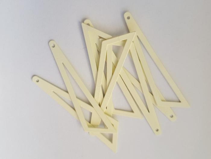Bedel asymmertrische driehoek 45x38x13mm creme