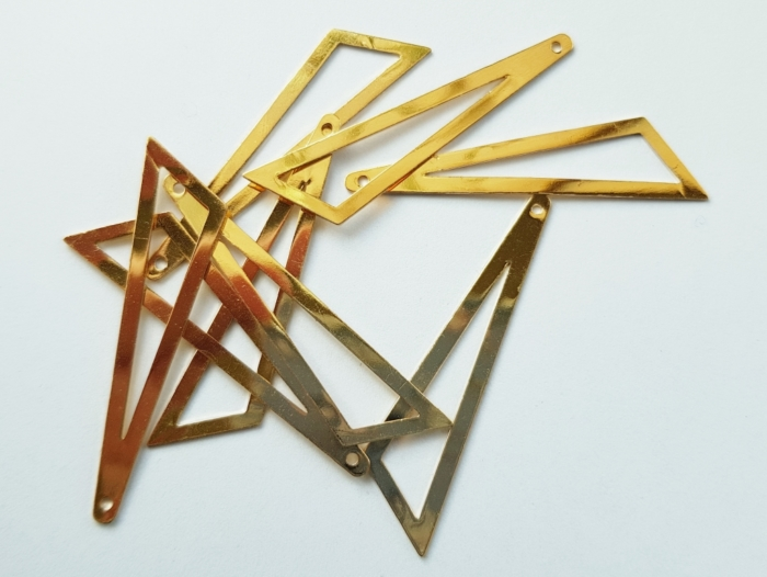 Bedel asymmertrische driehoek 45x38x13mm goud