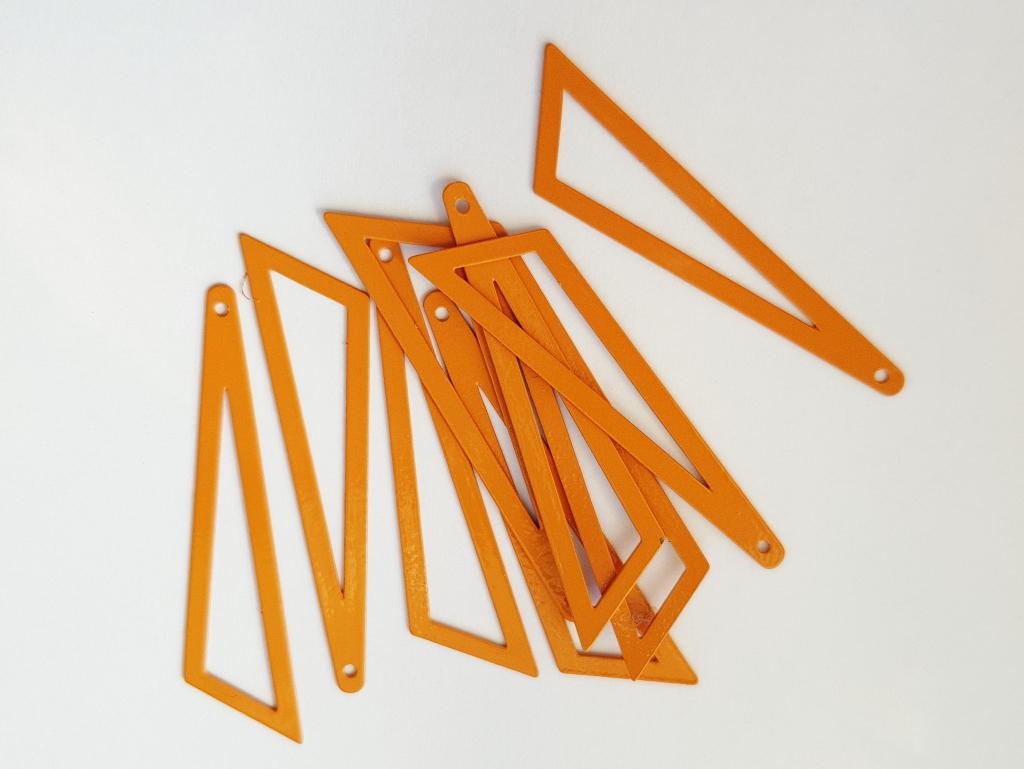 Bedel asymmertrische driehoek 45x38x13mm oranje