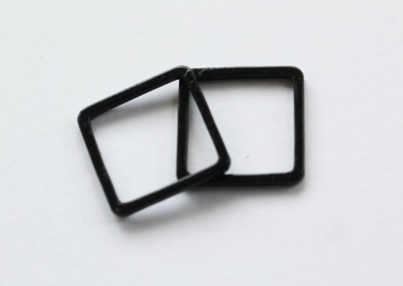 Letali Bedel_tussenstuk vierkant 12mm zwart 2