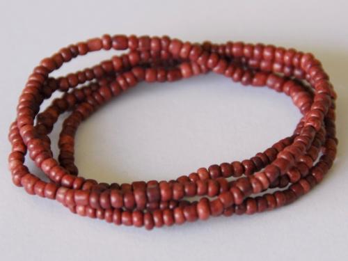 Letali seed beads op elastiek 5x60cm roest bruin