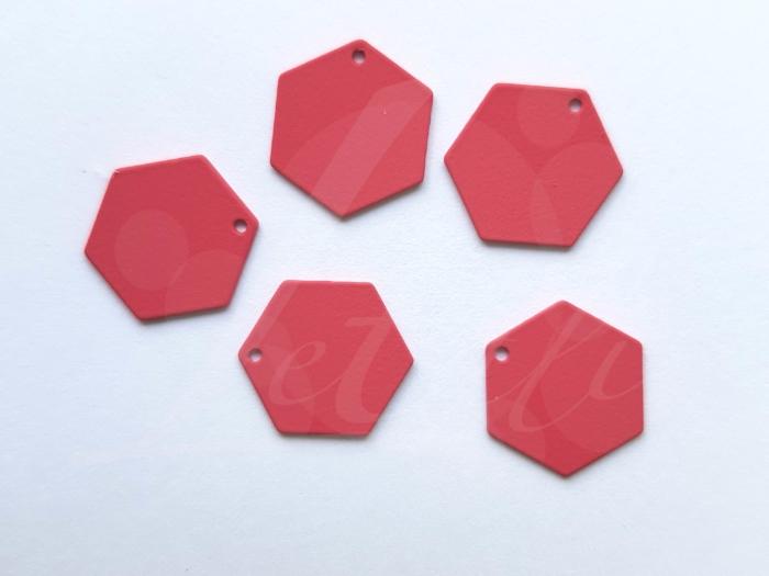 Letali bedel volle zeshoek 13x12mm rubber bessen rood