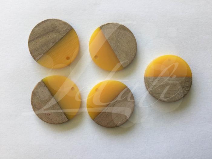 Letali hars en hout bedel rond 28x28x4mm geel