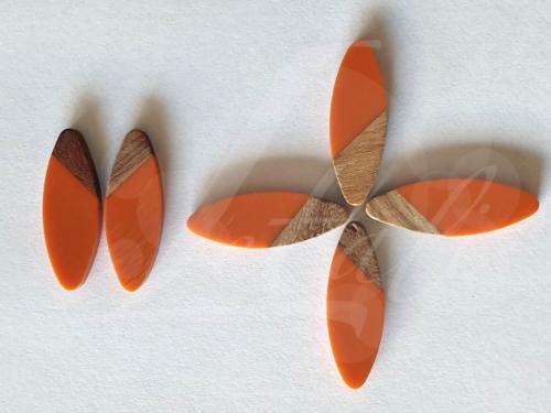 Letali hars en hout bedel cabochon ellips 34x12x3mm oranje