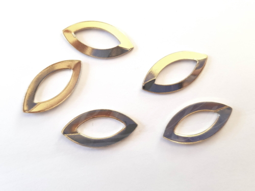 Letali bedel oogvorm 22x11mm glanzend goud