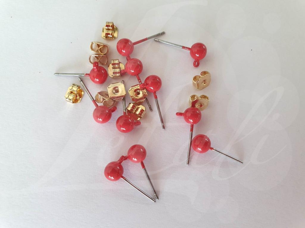 Letali oorhaken steker met bolletje 5mm fiery red