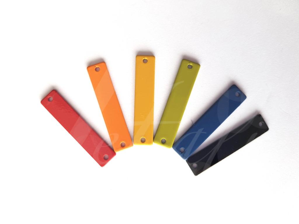 Letali tussenstuk breed staafje 2 gaatjes mix kleur 1